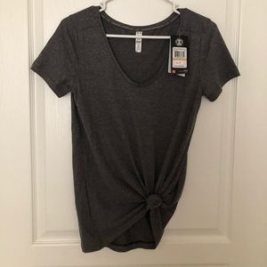 NWT Under Armour Shirt Size Small